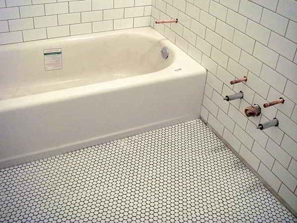 White Penny Rounds Shower Pan Subway Tiles | Master ...