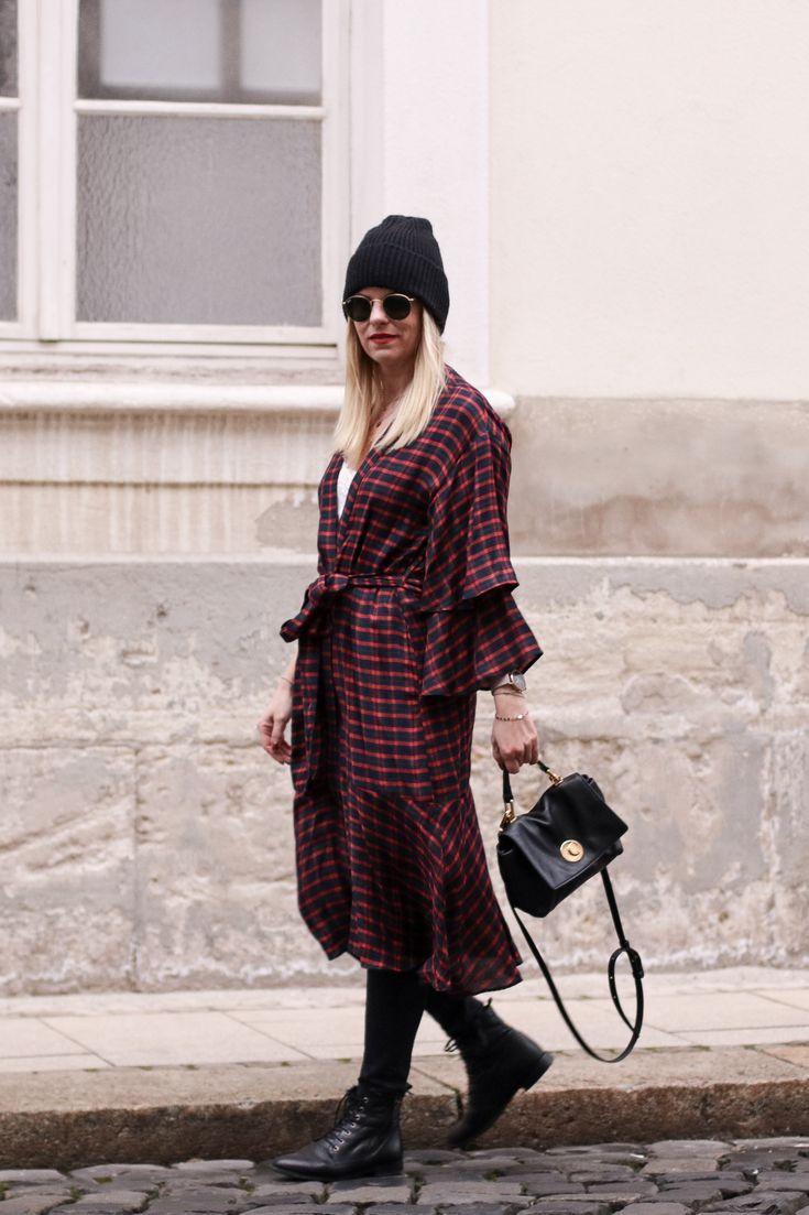 Meine neue Tunika von Zara mit Volantärmeln♥️ Rayban Sonnenbrille, Coccinelle Tasche