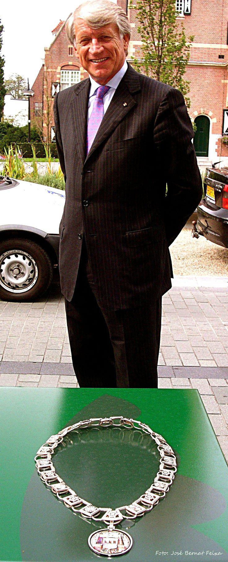 Ambsketen én de voormalige Burgemeester R. Boekhoven, te Zeist (2005)