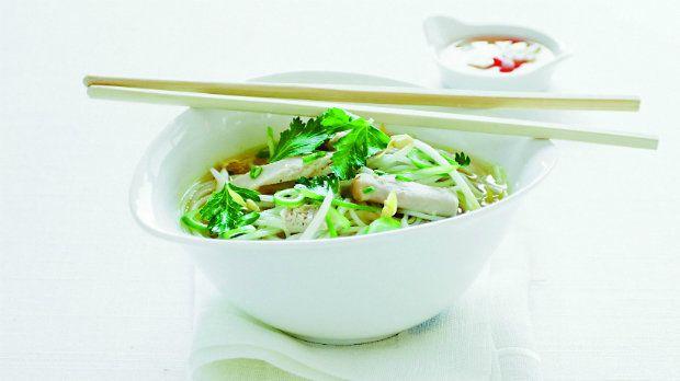 Jednoduchý a sytý asijský pokrm, který se ve Vietnamu jí během celého dne. V…