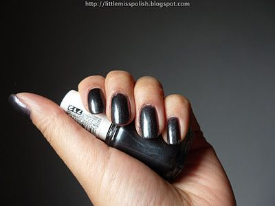 Little Miss Polish: Essie - Over the Top / Over the Edge (Dive Bar Collection 2011)