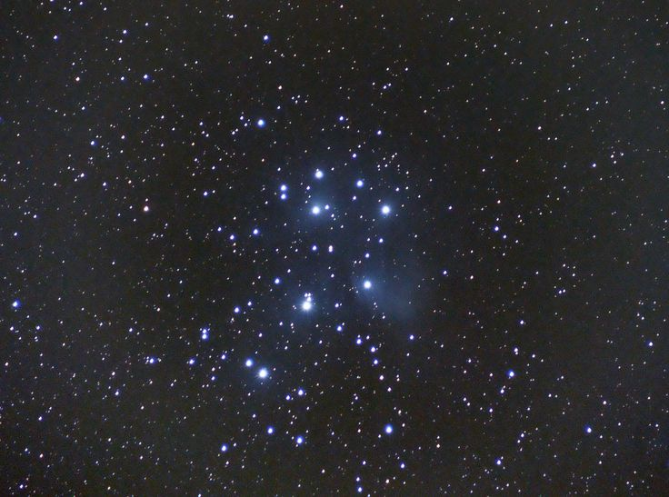Captured In Time Vind deze pagina leuk · 3 uur ·    The Pleiades star cluster, also known as the Seven Sisters and Messier 45 (M45).  Only managed to get 5 x 5minute exposures until lens fogging took over. Will try again tonight as it's looking clear.  5 x 5min Lights 2 x 5min Darks Flats Bias ISO 800 Canon 75-300mm EF (@300mm)  Canon 700D Skywatcher Star Adventurer — bij My Allotment Eastbourne.