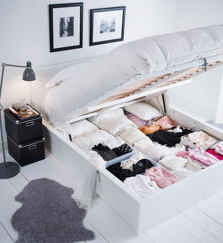 Stau-Raum unterm Bett sinnvoll genutzt