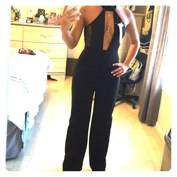 Senza black pantsuit Kendall Jenner jumpsuit look a like! Gorgeous for a night out Society of Chic Dresses