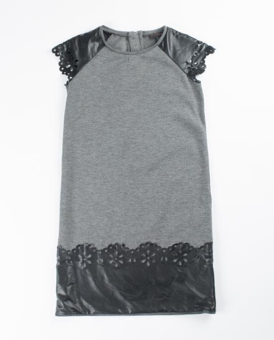 grijze-jurk-met-imitatieleer