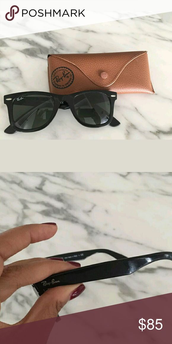 Rayban wayfarer 5418 Good condition worn rayban wayfarer 5418.  Comes with case,cloth, and booklet.  Only signs of wear are slightly on the arms.  These are the larger size wayfarer Ray-Ban Accessories Sunglasses