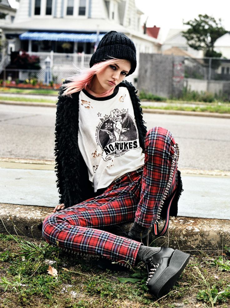 Best 25 Punk Rock Style Ideas On Pinterest Punk Rock Outfits Punk Fashion And Rock Outfits