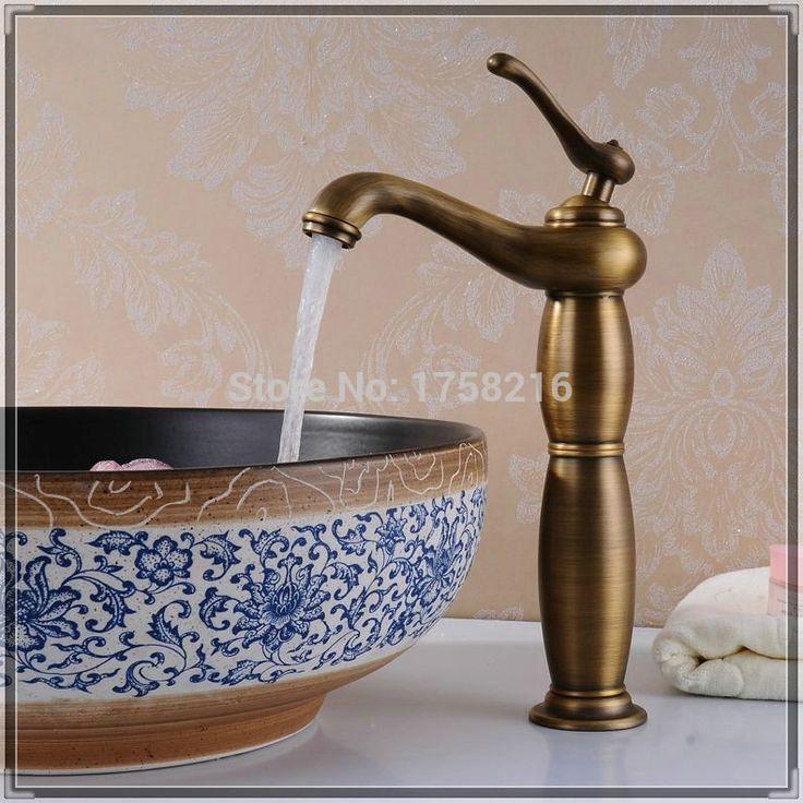 Купить товарЛатунь медь умывальник антикварный ванная умывальник кран затычка и холодная миксер torneiras ванная banheiro BF082 к в категории Смесители для умывальникана AliExpress.            &