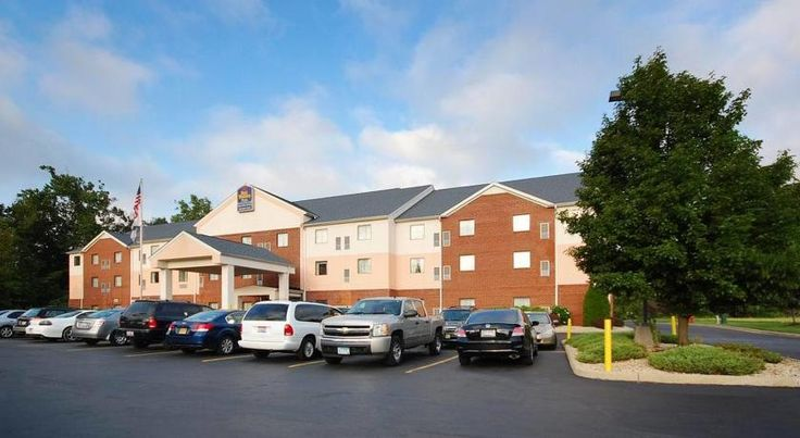 Best Western Executive Suites - Columbus East Pickerington Ideally located on motorway I-70 in Pickerington, Ohio, this suite-style property offers convenient amenities just a short drive from Columbus International Airport and the attractions of Columbus city centre.