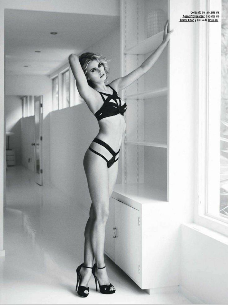 Sexy naked playboy women