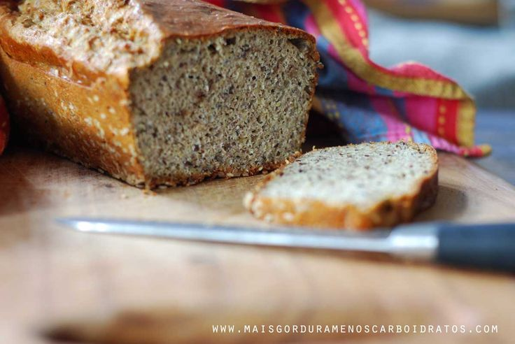 Como emagrecer comendo pão? Troca seu pão frances para pão de baixo carboidrato. Tem uma categoria separada só com pão de baixo carboidratoaqui no blog (olha a lista de categoria no lado tamém) se...