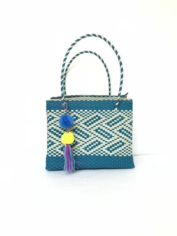 Mexican woven bag, Mexican bag, Oaxaca bag, Beach bag, Mexican plastic bag, Hand woven mexican tote, Pom pom keychain