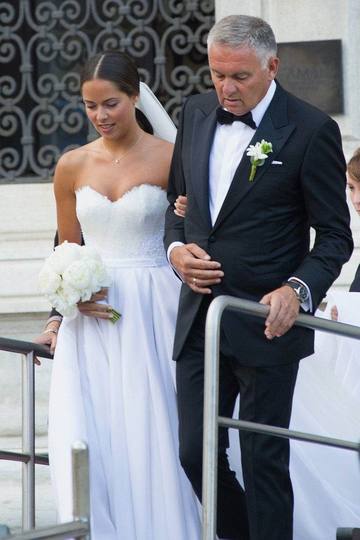 Pin for Later: Seht wie Bastian Schweinsteiger und Ana Ivanović kirchlich geheiratet haben