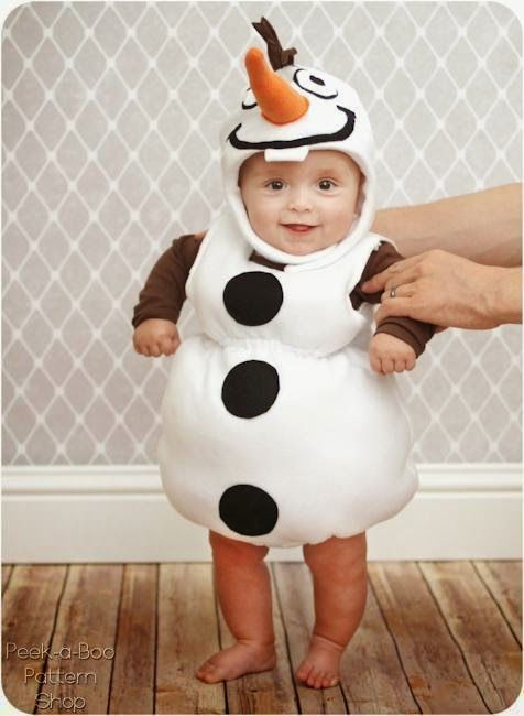 How super cute is this FREE Olaf costume pattern for littlies ... perfect for a Frozen inspired Halloween :-)