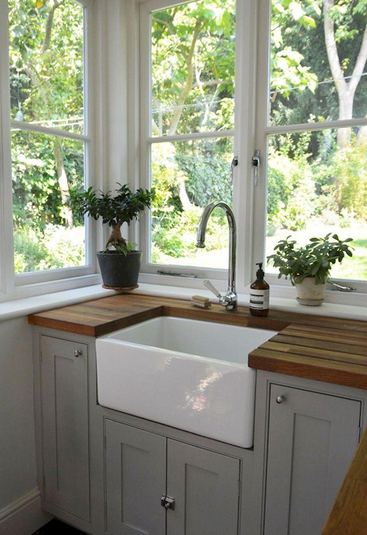 Gorgeous 70 Rustic Kitchen Sink Farmhouse Style Ideas https://decorapatio.com/2018/01/08/70-rustic-kitchen-sink-farmhouse-style-ideas/