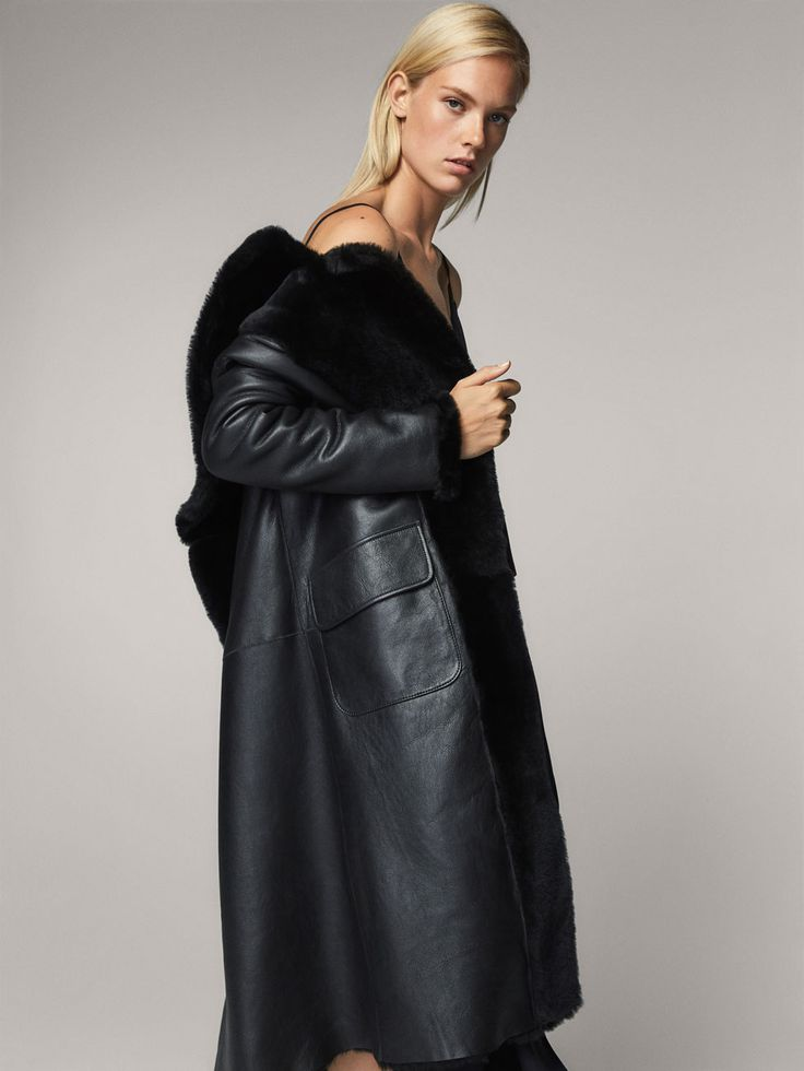 Spring Summer 2017 Women´s REVERSIBLE MOUTON FUR COAT at Massimo Dutti for 119990. Effortless elegance!