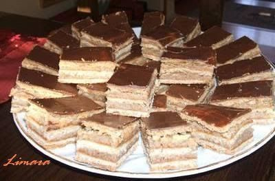 Zserbó kötelező sütemény karácsonykor, a fiúk kedvence. Ezt a receptet évekkel ezelőtt találtam egy receptes újságban (Príma Konyha) , azót...