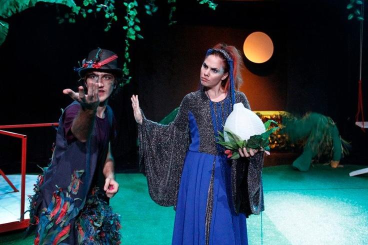 Και μην ξεχνάτε! 4 Διπλές προσκλήσεις, σας περιμένουν και αυτή την Κυριακή στο Όνειρο Καλοκαιρινής Νυκτός στο Θέατρο Σοφούλη. Με την υποστήριξη του e-Charity.gr