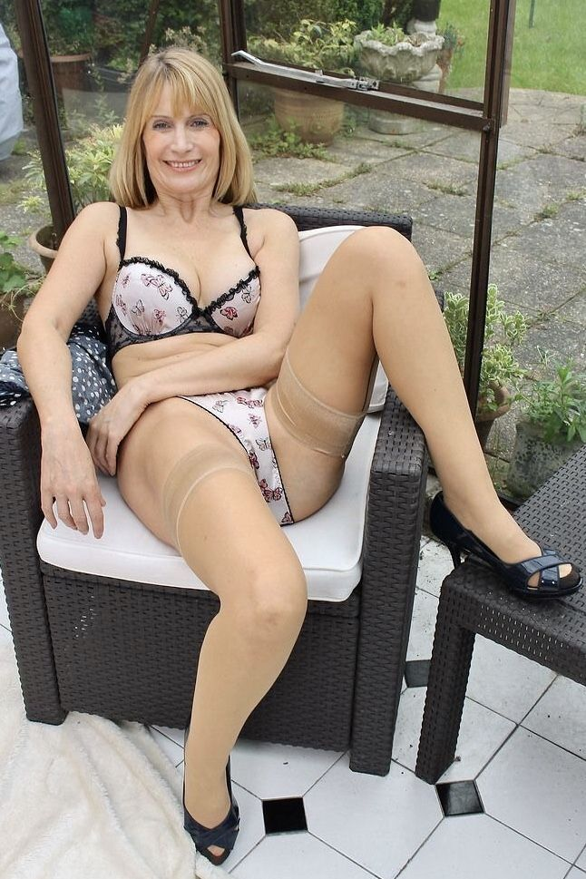 Pin By Philipp Mortimer On Mature Amateurs Pinterest Lingerie Sexy Stockings And Stockings