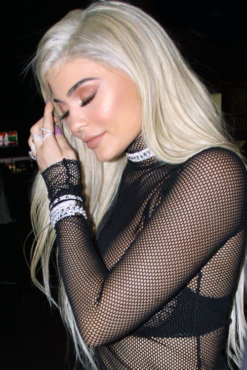 Kylie Jenner's Hairstyles & Hair Colors | Steal Her Style