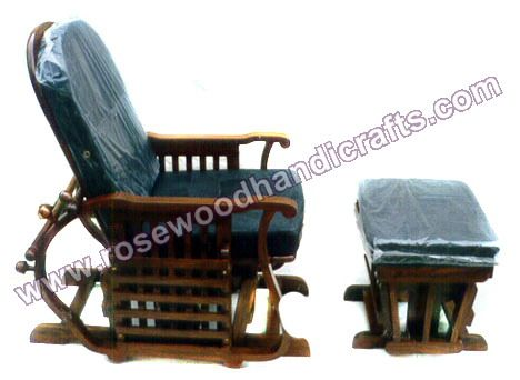 1000 Ideas About Wooden Rocking Chairs On Pinterest