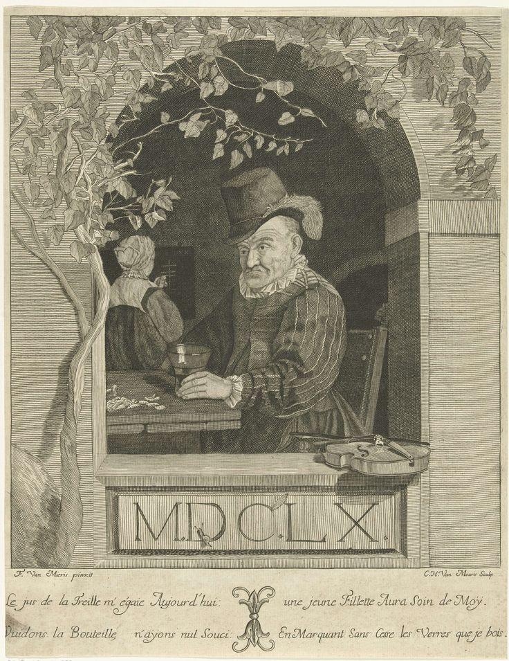 Cornelis Hubert van Meurs | Man met een wijnglas aan het venster, Cornelis Hubert van Meurs, 1740 - 1760 | Achter een boogvormig venster zit een man aan een tafel met een wijnglas in de hand in een uitspanning. Op tafel liggen schelpen en op de vensterbank ligt een viool. Op de achtergrond turft een vrouw met krijt zijn consumpties. Onderaan in de marge een vers over de man in het Frans.
