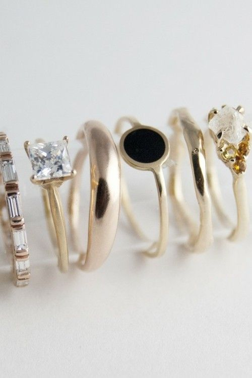 Rue de Beautreillis... or a seriously cool ring stack. Shame my fingers are too stumpy... but for the long slender fingered girl, do it!
