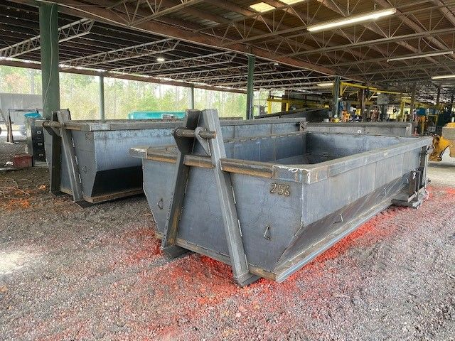 New Dumpsters For Sale Flowood Ms Cedar Manufacturing In 2020 With Images Dumpsters