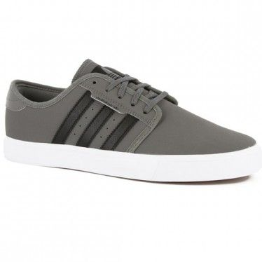 Adidas Seeley Shoe - MIDCINDER BLACK