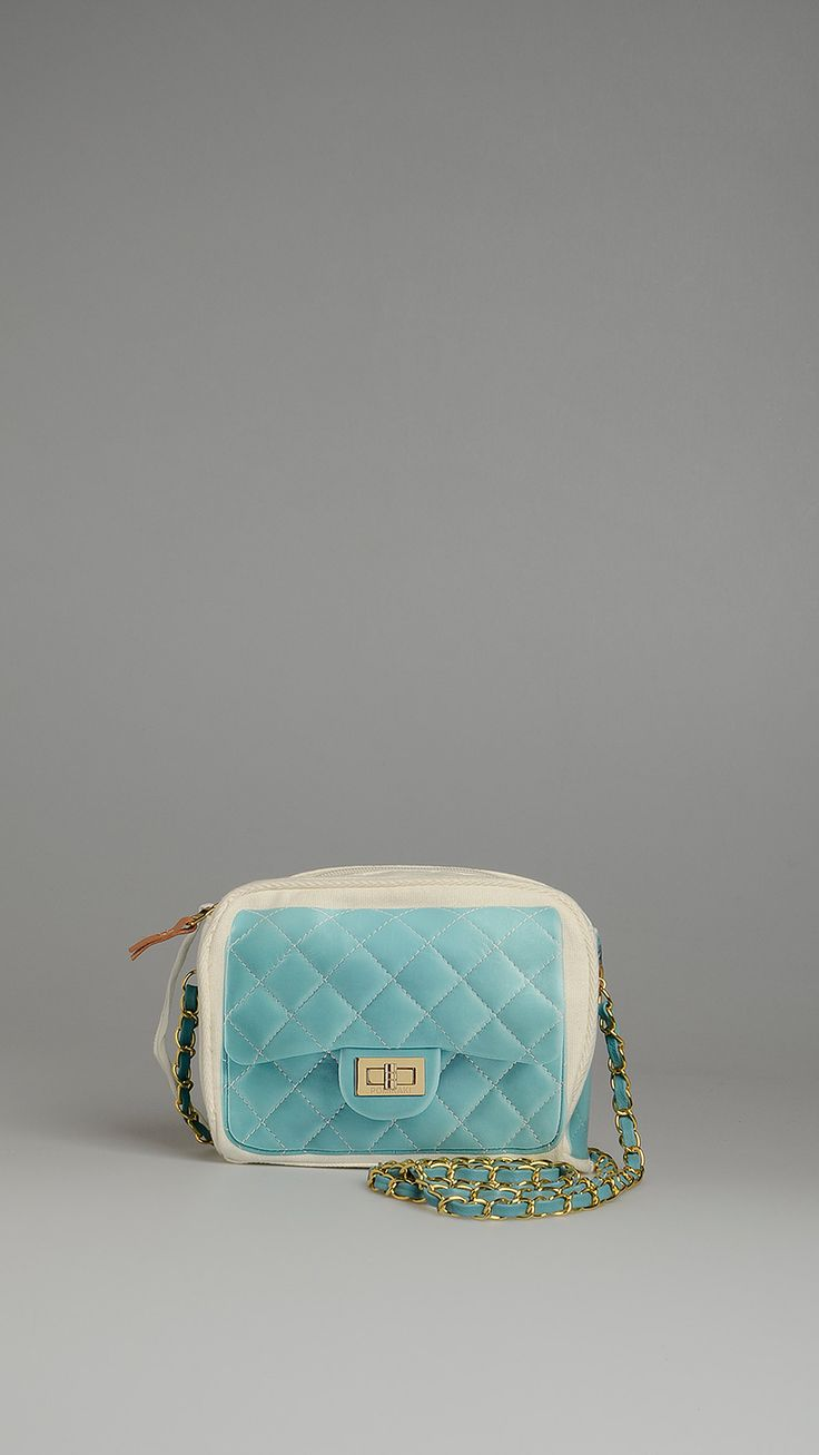 Pomikaki Light blue matelassé print crossbody bag, metal chain shoulder strap with woven eco-leather belt