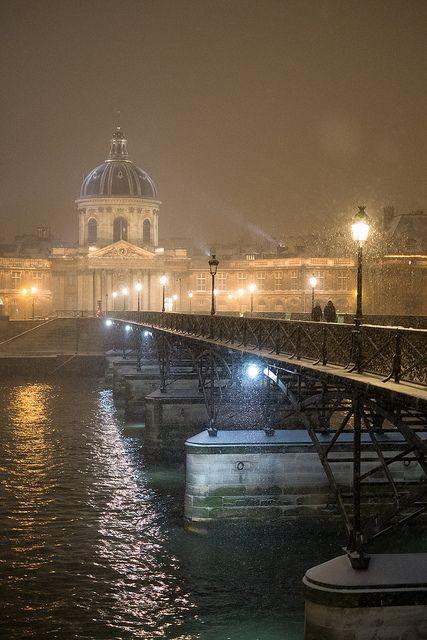 Paris, Pont des arts by Julien Chodlewski