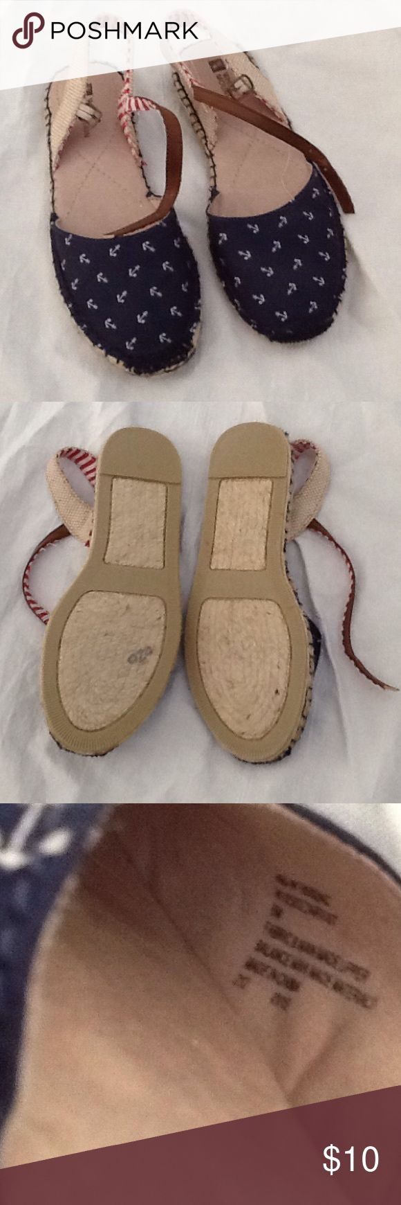White Mountain Size 6M sandals Red white and blue details. Casual flat sandals. NWOT. Never worn. Material looks frayed a bit, but seems by design. White Mountain Shoes