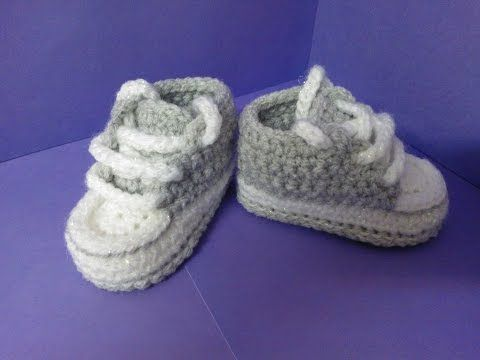 getlinkyoutube.com-How to crochet My easy new born baby converse style slippers p2