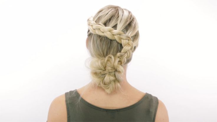 Braided Bridal Bun Hyperlapse: This gorgeous braided bun by celebrity hairstylist Sarah Potempa (Instagram: @sarahpotempa) is the perfect bohemian bridal look.