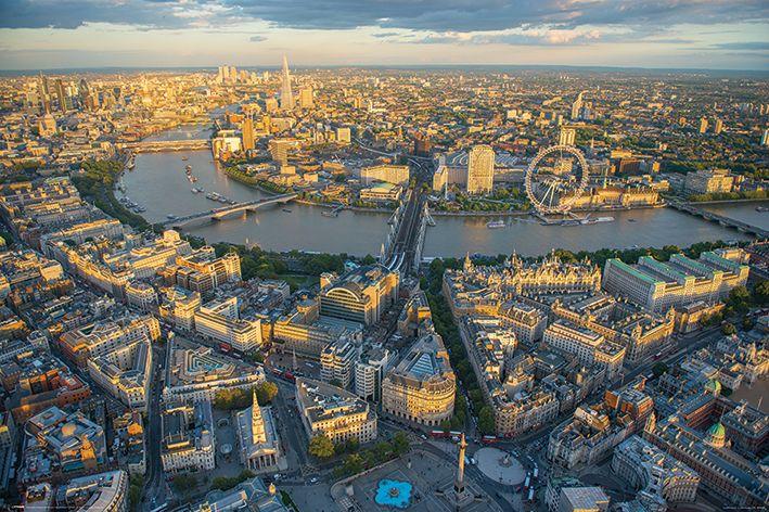 Londyn wieczorową porą Jason Hawkes - plakat