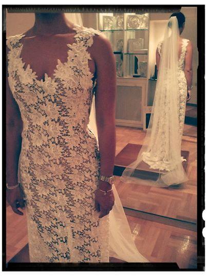 Eleni Kollarou / Sexy and chic lace wedding dress.