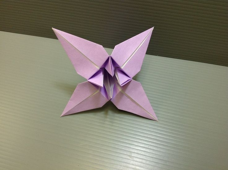 Daily Origami: 037 - How to make an Origami Iris.  See related pin for how to assemble an Origami Flower Kusudama made of these Irises.