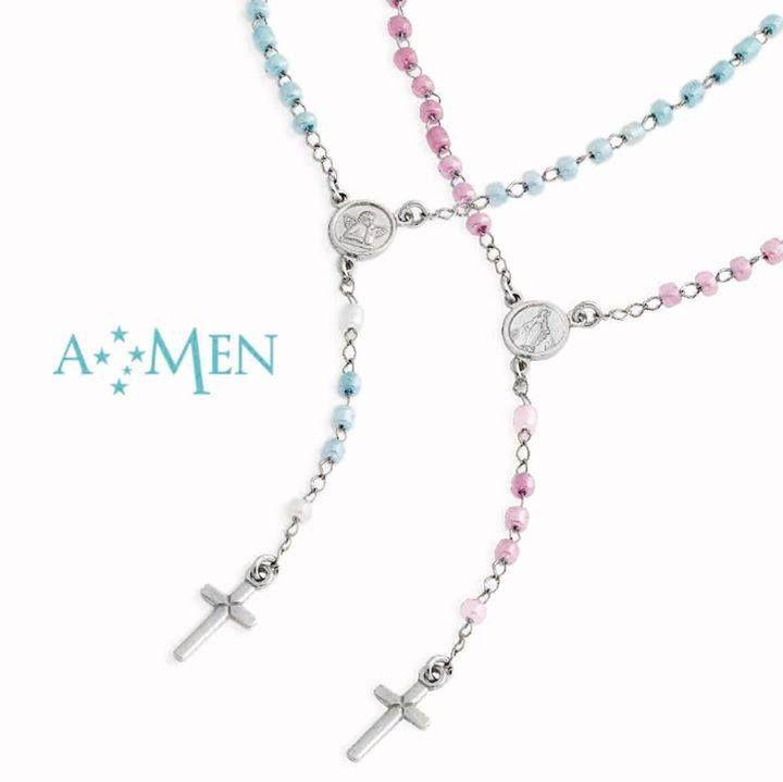Per i più piccini il rosario in argento con pietre di colore rosa o celesti www.amencollection.com