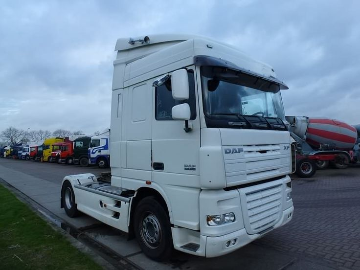 For sale: Used and second hand - Tractor unit DAF XF 105.460