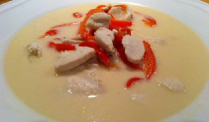 Asiatisk soppa med kyckling och kokosmjölk - Recept