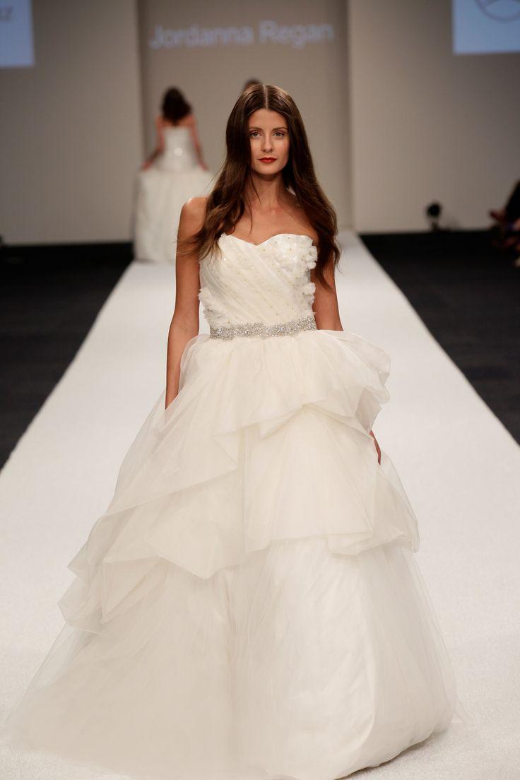 38 best Runway Bridal Gowns images on Pinterest | Short wedding ...