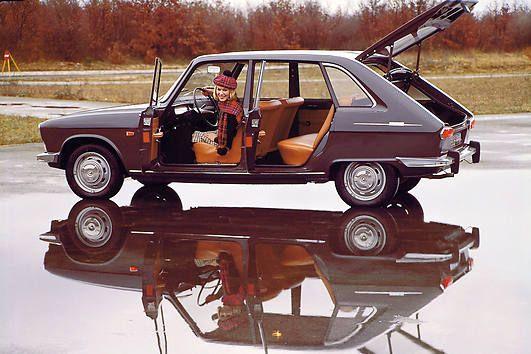 Renault R16 open