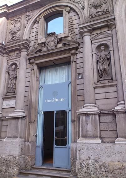 ♥ XMAS STORE IN MILAN THIS DECEMBER:  http://tinekhome.blogspot.dk/2012/12/xmas-store-in-milan.html