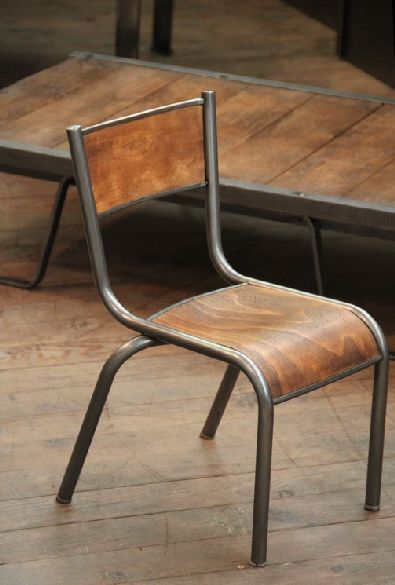 1000 images about vintage school desk on pinterest for Chaise mullca 510