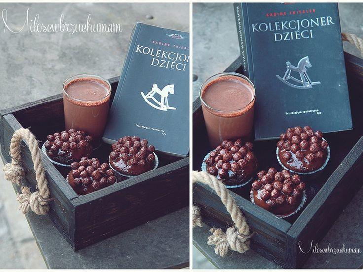 Zachęcająca przekąska - cały czas na stole: Muffiny kakaowe z nesquickiem