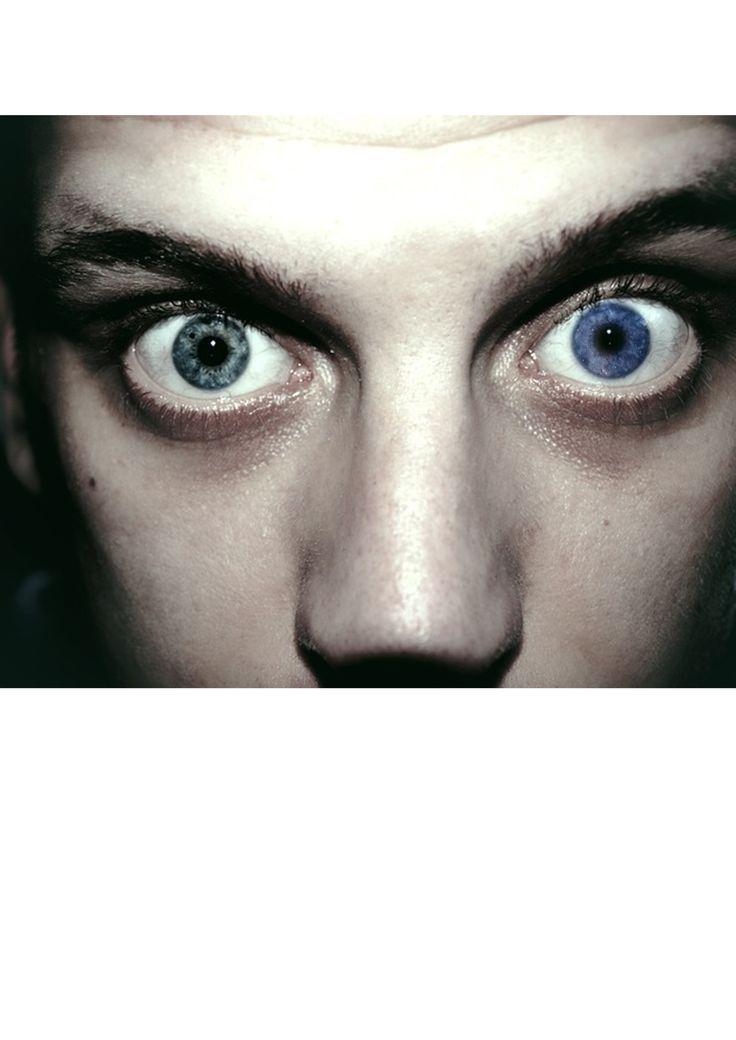 göz rengi değiştirme. sağ orjinal renk