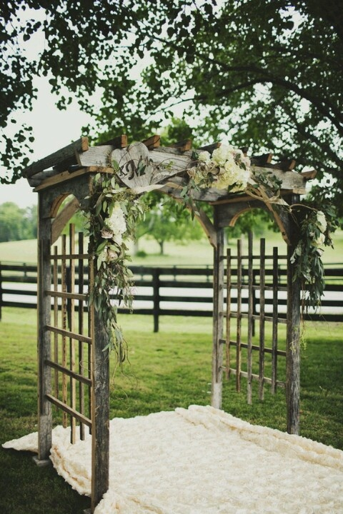17 best ideas about wood wedding arches on pinterest. Black Bedroom Furniture Sets. Home Design Ideas
