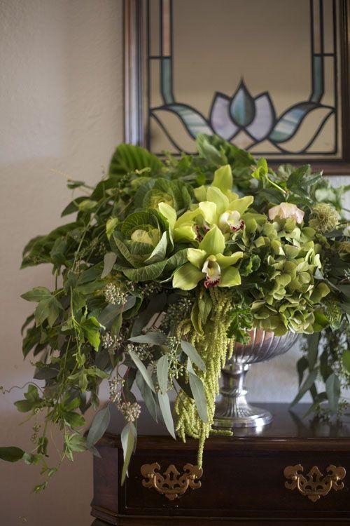 17 Best Ideas About Large Floral Arrangements On Pinterest