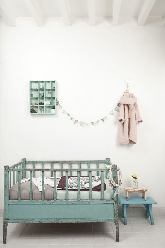 Beautiful vintage crib - the boo and the boy: nurseries