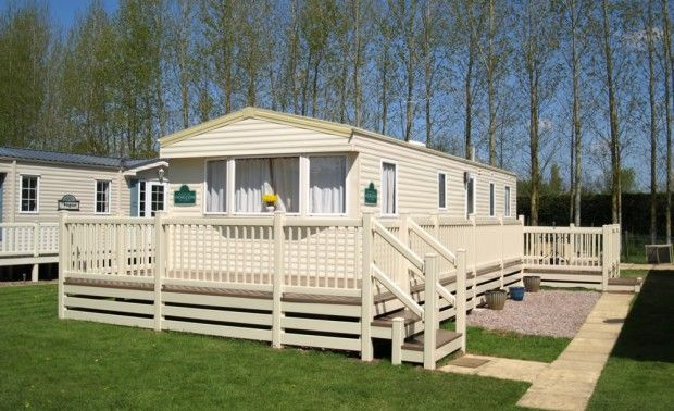Fensys static holiday home caravan decking in cream